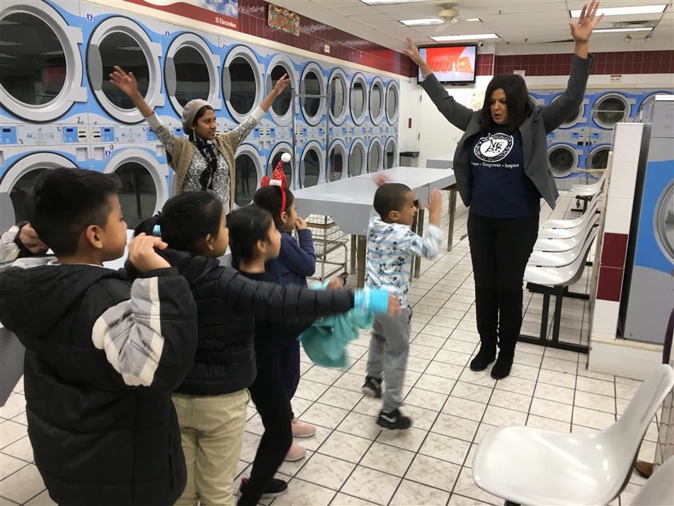 Local Laundromat Partners with  Roosevelt to Encourage Lifelong Readers